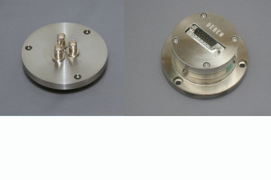 SEM vacuum electrical feedthrough flanges